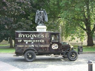 Bygones Buy and Sell Antiques